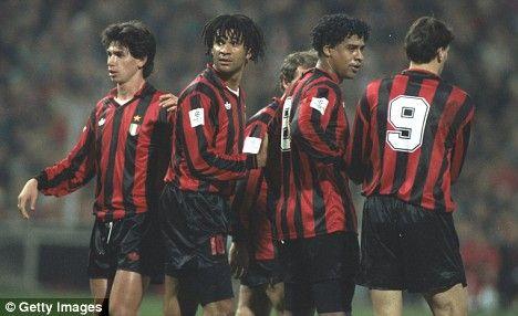 Demetrio Albertini, Ruud Gullit, Franco Baresi, Frank Rijkaard & Marco Van Basten. AC Milan legends