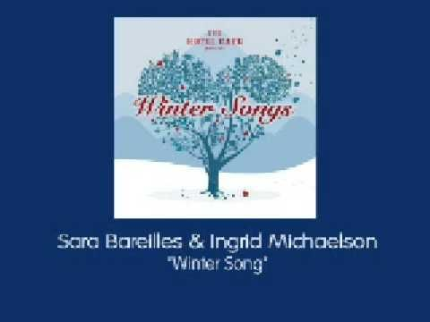 ▶ Hotel Cafe Presents Winter Songs - Sara Bareilles & Ingrid Michaelson - Winter Song - YouTube
