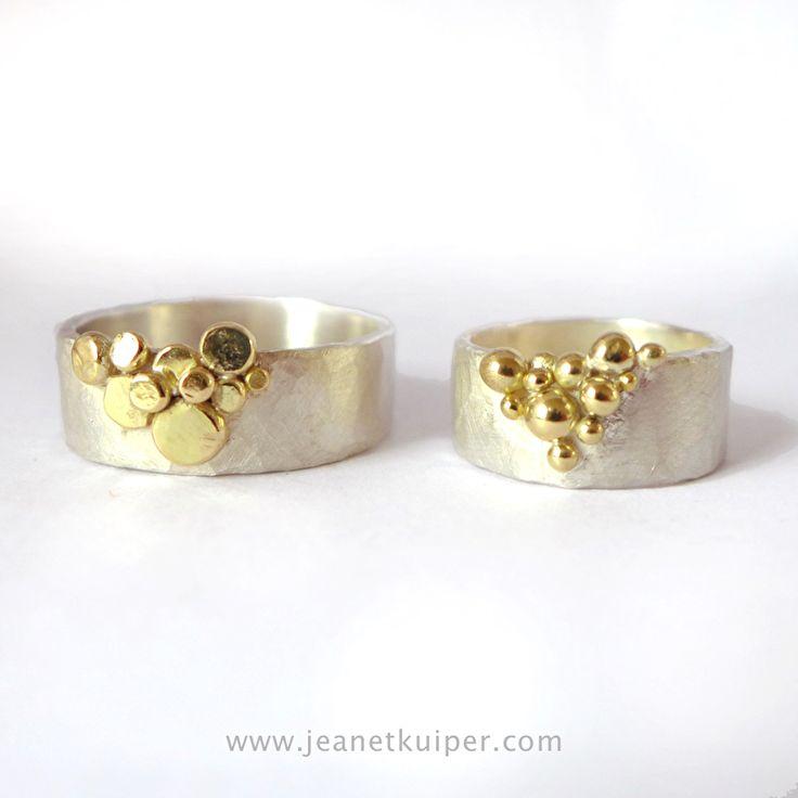 zilveren trouwringen met 18k gouden balletjes en dots www.jeanetkuiper.com