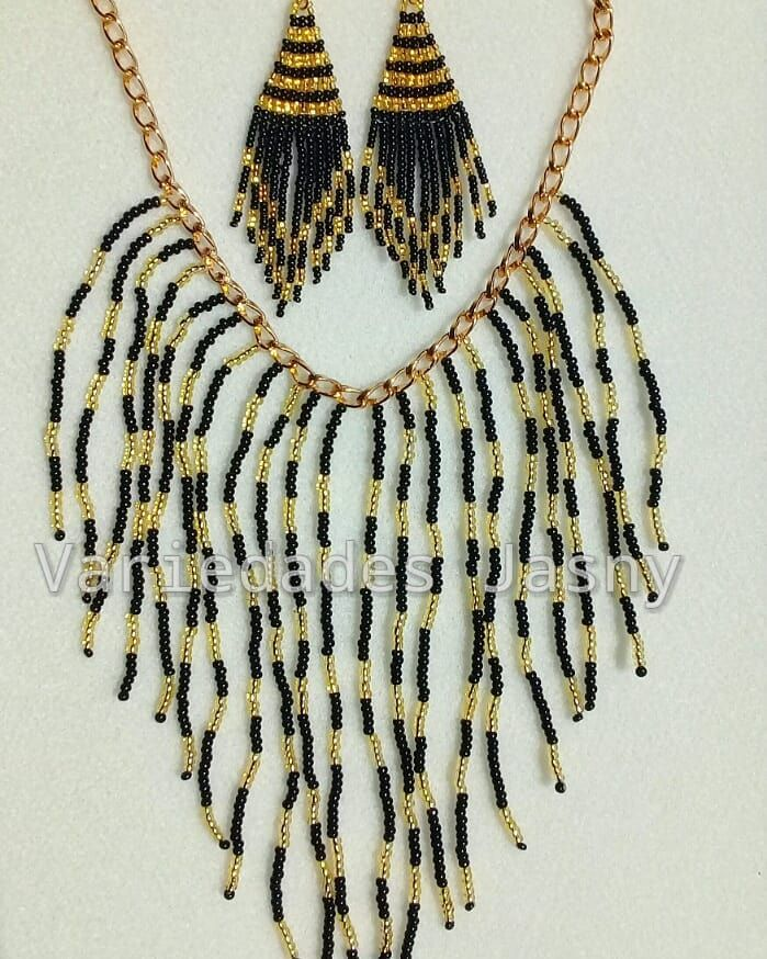 27f593b03c6d collar  chaquira  negro y  dorado  aretes  mostacilla  moda  belleza ...