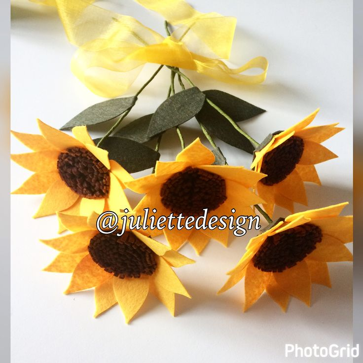 Set of 5 Sunflowers, Sunflowers, Felt Sunflowers, Felt Flowers, Bouquet, Wedding Flower by juliettesdesigntr on Etsy https://www.etsy.com/listing/513466484/set-of-5-sunflowers-sunflowers-felt