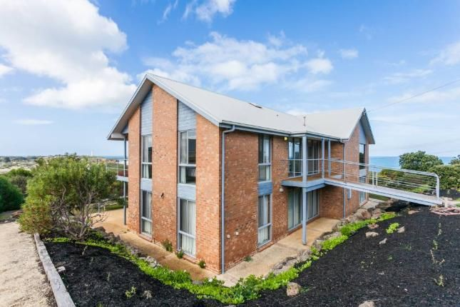 Property ID: 004FH042 | Fairhaven, VIC | Accommodation 6 Bedrooms