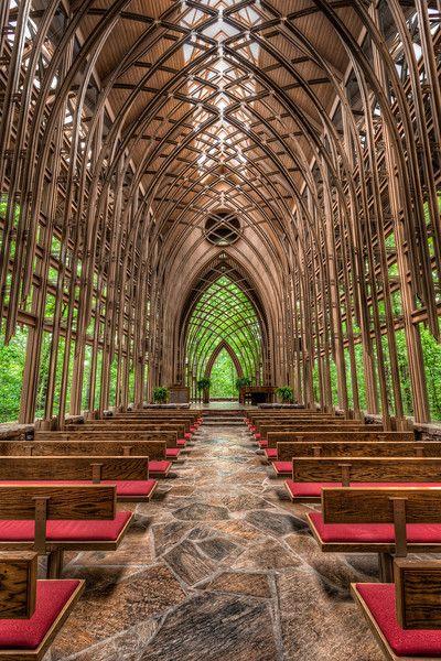 Mildred B Cooper Memorial Chapel in Bella Vista, Arkansas