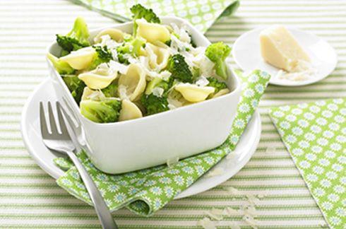 Pasta italienne brocoli parmesan. Plus de recettes pour bébé sur www.enviedebienmanger.fr/idees-recettes/recettes-pour-bebe