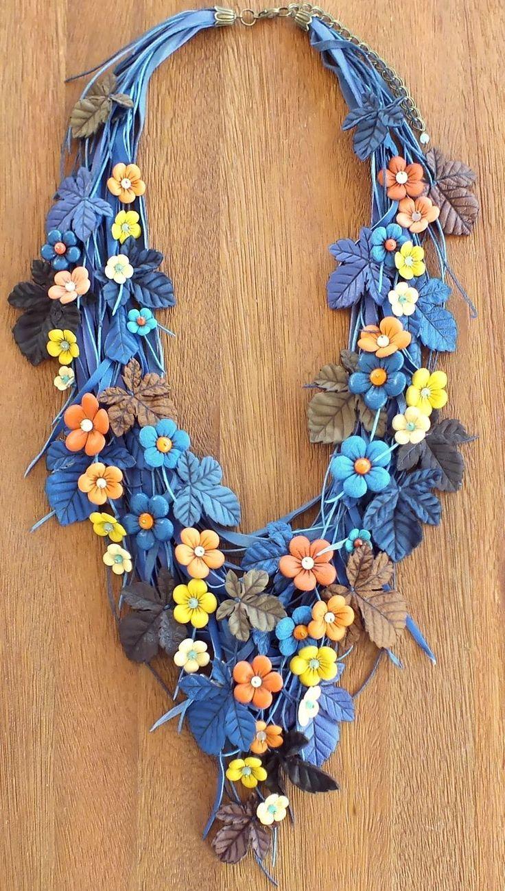 Купить Сад Сонной Рябины. Колье из натуральной кожи - тёмно-синий, синий, бежевый, коричневый