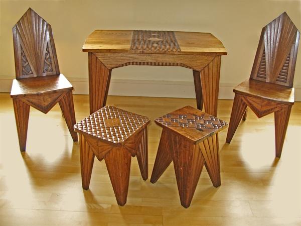 Prof. MIECZYSLAW KOTARBINSKI 1890-1943 Cubist Table & Chairs designed for the Polish Pavilion of the Paris 1925 Exhibition