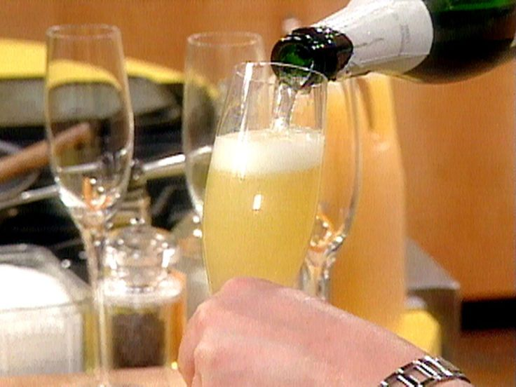 Mimosas recipe from Rachael Ray via Food Network