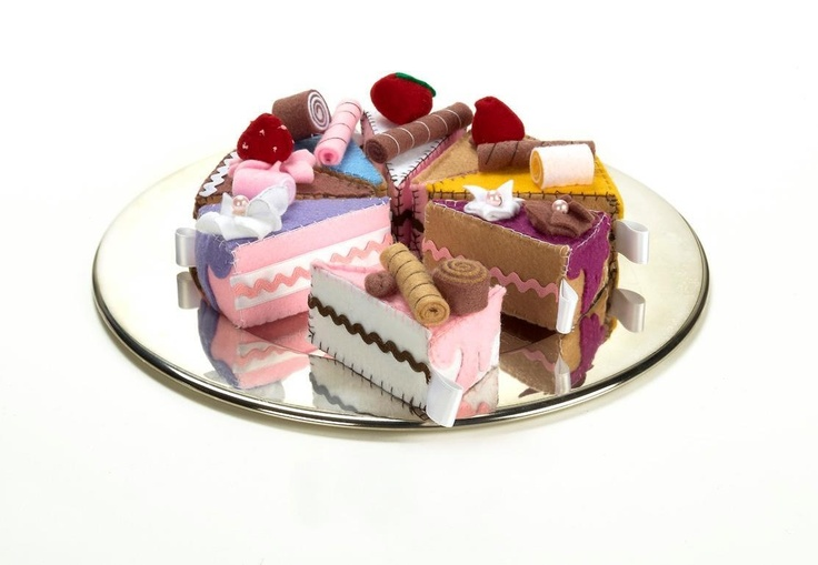 Felt lovely pieces of cakes