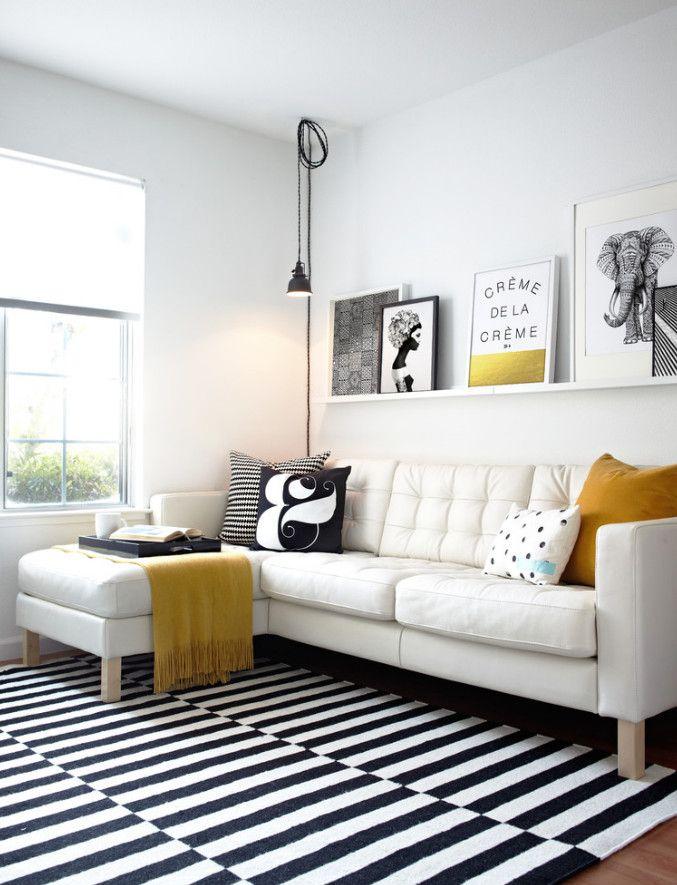Du blanc, un tapis IKEA graphique N&B, et une pointe de jaune