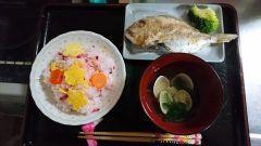 昨日はひな祭りと結婚記念日のお祝いも兼ねてちらし寿司と鯛の塩焼きはまぐりのお吸い物でしたこれからもヨロシクお願いしますヨロシク  #熊本県#山都町#島木 tags[熊本県]