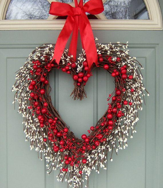 Valentine Wreath - Valentine Door Wreath - Wreath for Valentines Day on Etsy, $64.00 www.escherpe.com
