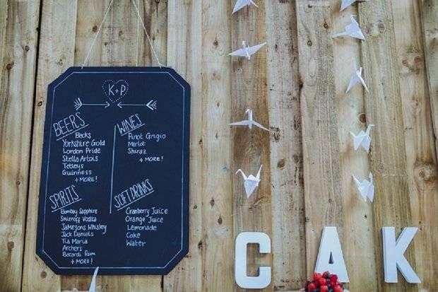 Blue & Mustard Rustic Barn Wedding With 50s Wedding Dress_0089