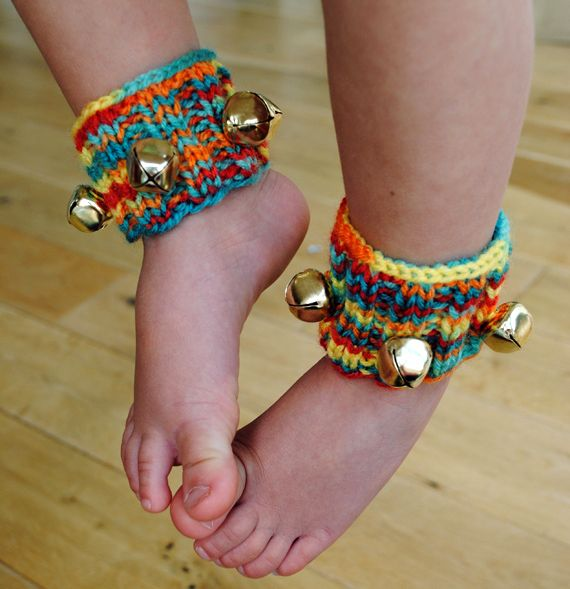 link to pattern for fun knitted ankle bells for children. I really need to learn how to knit!