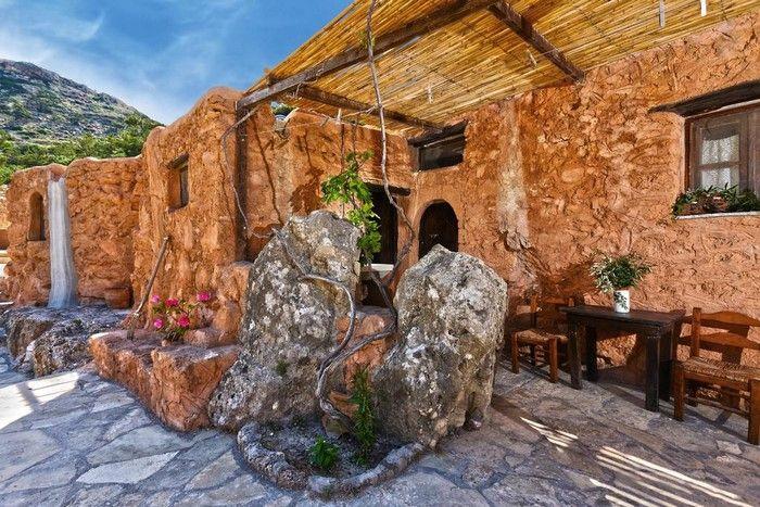 Το ξενοδοχείο της Κρήτης που είναι βγαλμένο από άλλη εποχή | ΦΩΤΟ - Daynight Daynight