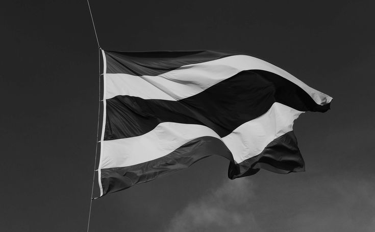 #bw #center #flag #half #nation #no person #object #sad #thailand #wind