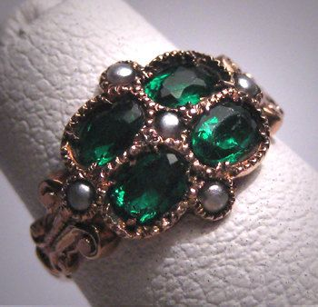 Antique Victorian Green Garnet Wedding Ring by AawsombleiJewelry