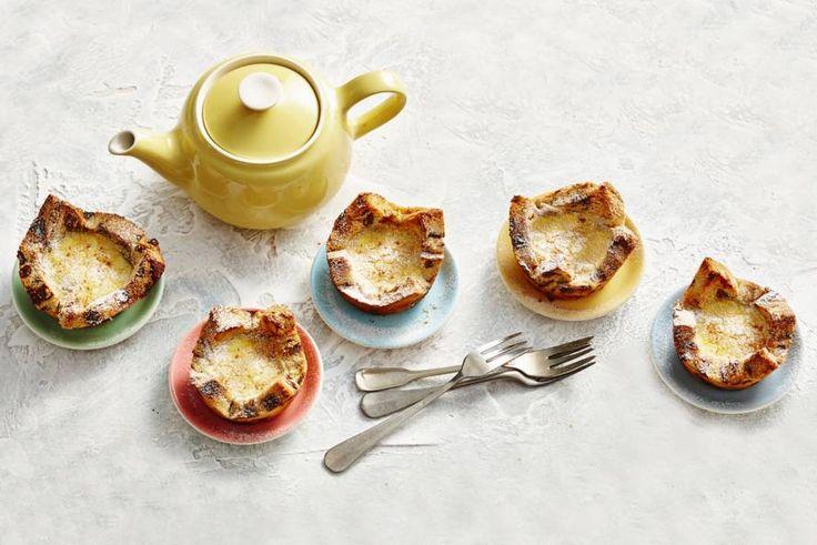 Maak het ontbijt extra feestelijk met versgebakken mini-muffins - Recept - Allerhande