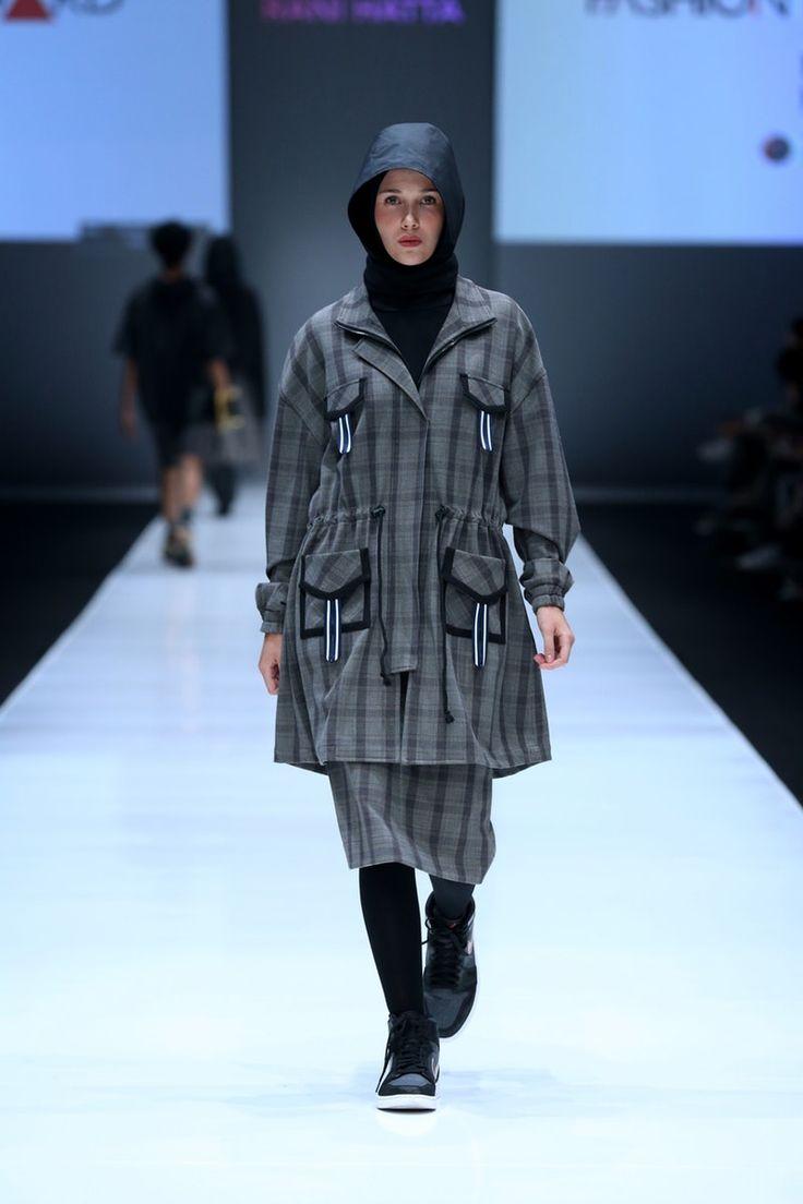 Rani Hatta | Ready-to-Wear - Spring 2018 | Look 19