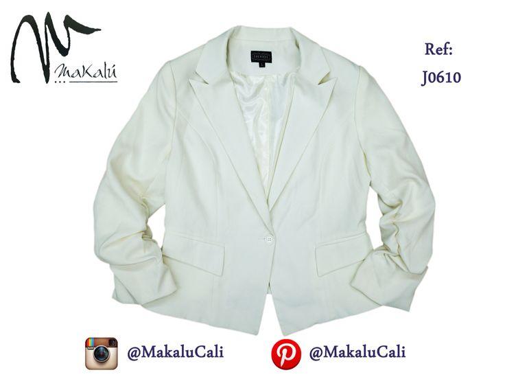 Blazers de últimas tendencias. #blazers #modafemenina #makalu #makalucali #tiendasmakalu #tendencias #fashion #RopaAmericana