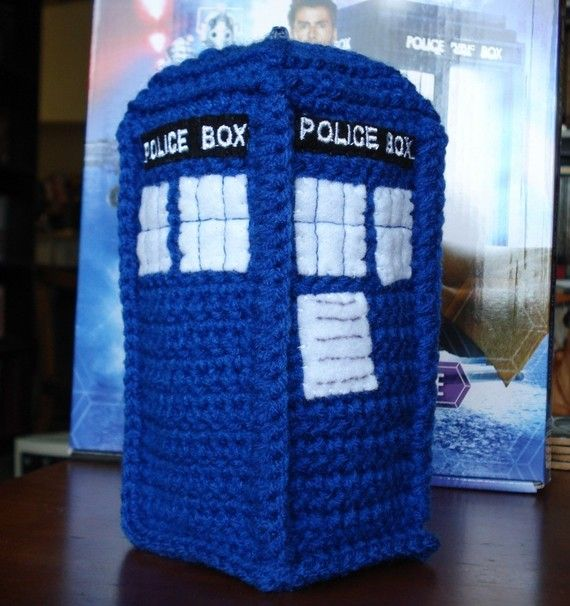 I see Tardis & Doctor Who crocheted amigirumi in my future.