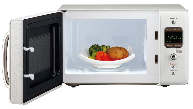 Daewoo Kor7lrew Retro Countertop Microwave Oven 0 7 Cu Ft