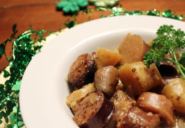 """<div class=""""source"""">Becca Owsley</div><div class=""""image-desc""""> Dublin Coddle is a taste of Irish comfort food for St. Patrick's Day. </div><div class=""""buy-pic""""><a href=""""/photo_select/192083"""">Buy this photo</a></div>"""