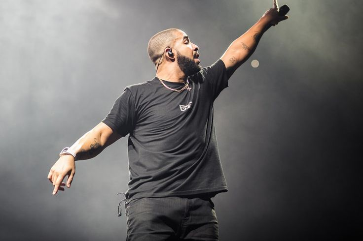 Drakes Summer Sixteen Tour Becomes Highest Grossing Hip-Hop Tour Ever