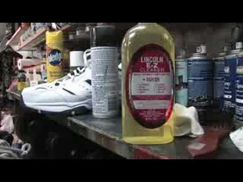Shoe Care : How to Clean Tennis Shoes