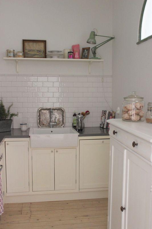 Sanctuary: kitchen x