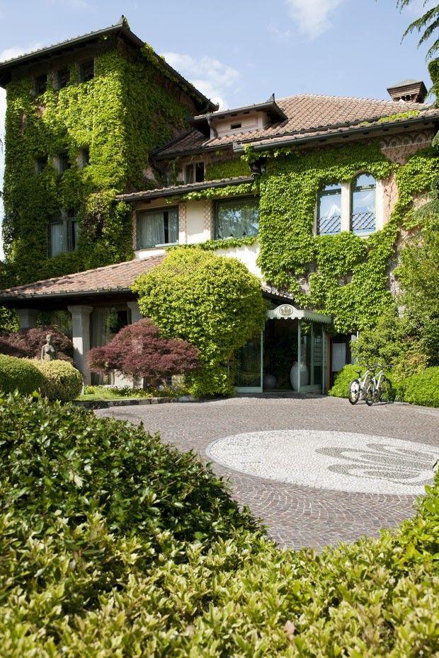 Jardins do Hotel  L'Alberet, na Franciacorta, norte da Itália.   Fotografia: Divulgação.  http://casavogue.globo.com/LazerCultura/Hoteis/noticia/2014/08/hotel-bucolico-celebra-paz-e-silencio.html