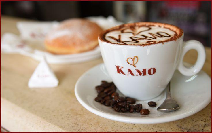 L'umore della giornata dipende anche dalla colazione... quella con Kamo mette il sorriso!  Siamo alla Caffetteria Mivida, ci fate compagnia?  #puntikamo