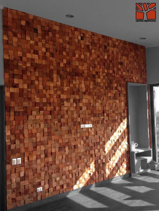 Nativo Redwood. Revestimiento  Muro Mosaicwood de tacos de roble rústico con espesor variable.  www.facebook.com/nativoredwood www.pinterest.com/nativoredwood