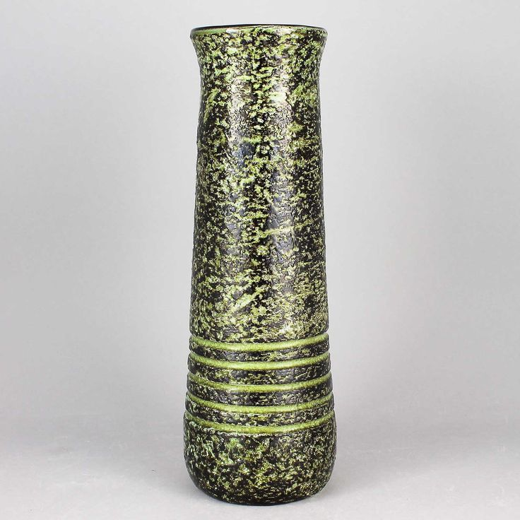 Ingrid Atterberg (Vesuv 1960) Powerful Green Vase