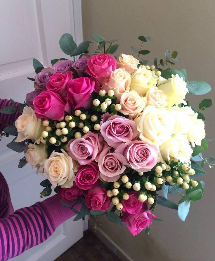 Roses and hypericum bouquet by ROSMARINO / Růže a třezalka