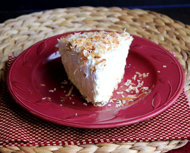 Easy Coconut Cream Pie  http://jamiecooksitup.net/2012/11/easy-coconut-cream-pie-progressive-dinner-and-giveaway/