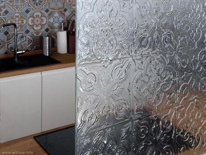 Marokanskie Wzory W Kuchni Dekoracyjny Panel Ze Szkla Artystycznego Nad Kuchenka Wykonany W Warszawskiej Pracowni Witraze S C Decor Home Decor Home