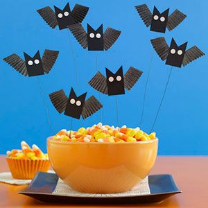 how to make paper halloween bats - How To Make Paper Halloween Decorations