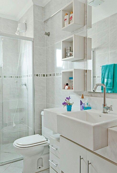 Decoração Banheiro pequeno estante inteligente cuba quadrada
