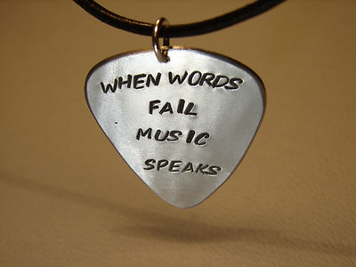 I like the quote, would be good for the music room.