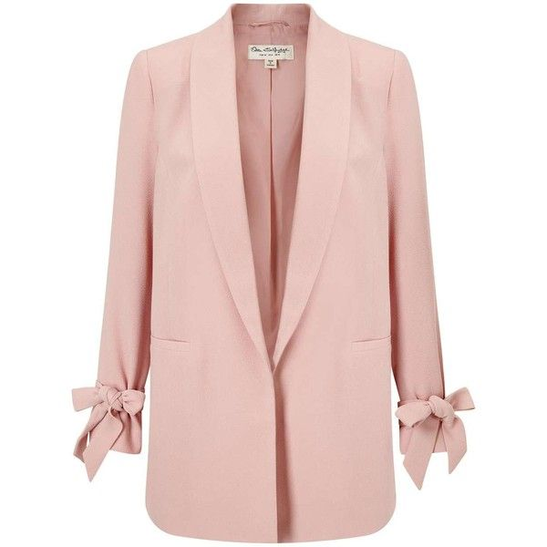 Miss Selfridge Blush Bow Sleeve Blazer (2.335 RUB) ❤ liked on Polyvore featuring outerwear, jackets, blazers, coats, pink candy, pink blazer, miss selfridge, short-sleeve blazers, pink blazer jacket and blazer jacket
