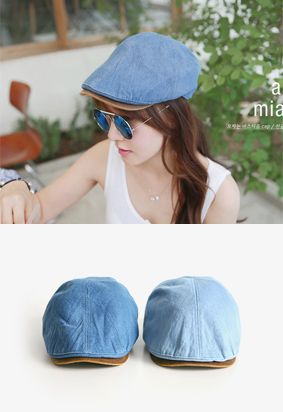 Today's Hot Pick :Two Tone Newsboy Cap http://fashionstylep.com/SFSELFAA0013502/iriscccen/out Fun newsboy cap with denim top and rigid synthetic leather brim. With black sweatband and best when worn with an oversized t-shirt with number print and distressed cutoff shorts. - Leather brim - Denim crow - Elastic back - Colors: Blue, Sky Blue