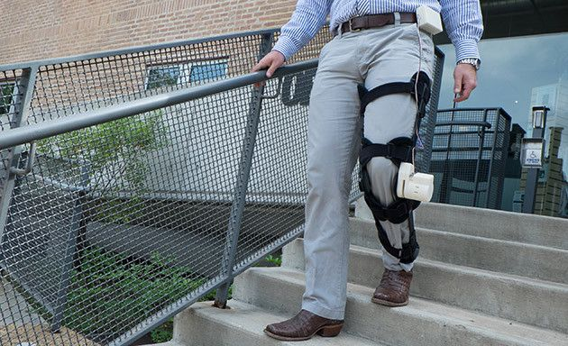 This Wearable Leg Brace Can Power An Artificial Heart By Taking a Walk | The new device is a medical leg brace which is provided with an attached motor, the motor can generate power through the walking movement, so every time the user  bends his knee, energy is produced.