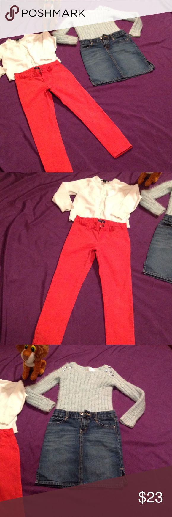 Lot of girls tops & bottoms in sizes 6 to 7 Cute lot of 4 pieces for your princess. The jeggings are from Place in size 6x to7 in reddish pink. The denim skirt is from Old Navy in size 7. Skirt has 2 front pockets & 2 back pockets with heart designs on them. The white sweater is from Lands End in size 6x. This sweater has a button down front. The second sweater is from Justice in size 6. It has jewels on the shoulders. All are in excellent preowned condition. Other