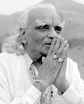 """RIP """"Willpower is nothing but willingness to do."""" - BKS Iyengar"""