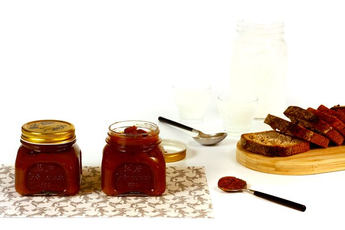 Cómo hacer apple butter o mantequilla de manzana en Crock Pot o slow cooker. Receta paso a paso. Descubre más recetas de dulces hechos en olla lenta.