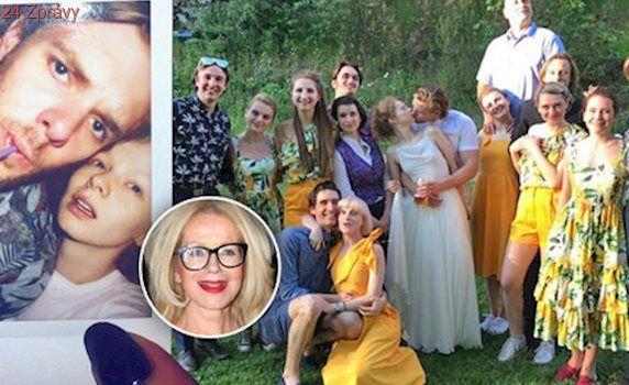 Utajená svatba dcery Jitky Asterové: Linhartová se vdala za neznámého fešáka! Pozvala i exmilence Piškulu