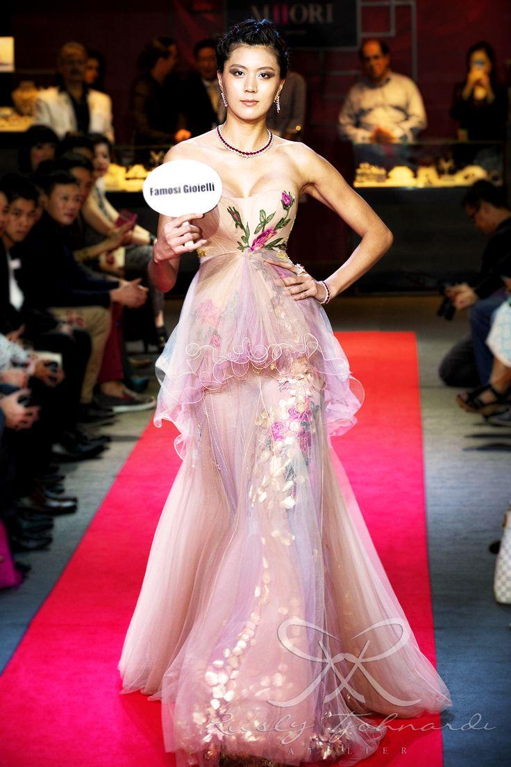 #lace #tulle #couture #fashion #hautecouture #fashionshow #promdress #cocktail #dress #redcarpet #glam #gala #glamour #glamorous #look #redcarpetlook #redcarpetfashion #ruslytjohnardi #ruslytjohnardiatelier #makeup #cledepeau #hairdo #actionhairsalon #fashionideas #outfit #fashioninspiration #fashiondesigner #fashiondesign #singapore #pink #floral #lilac