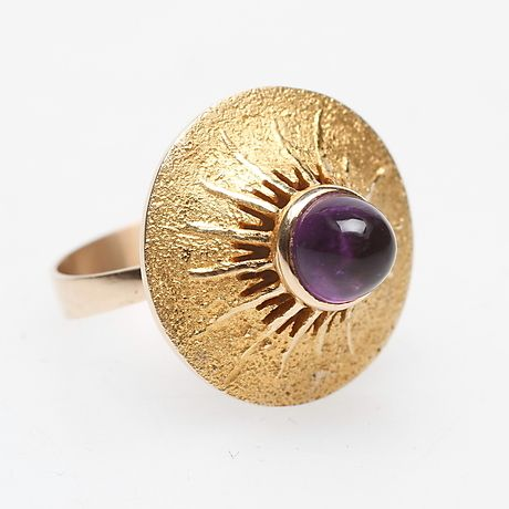Vintage 14k gold and amethyst ring. Made in #Finland. | Auktionshuset Gomér & Andersson at Auctionet.com
