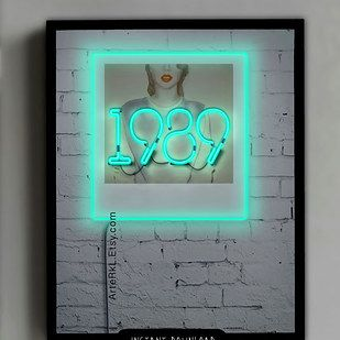 "A ""1989"" neon screensaver. 