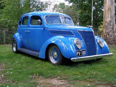 135 best ford 1937 1938 images on pinterest old school for 1937 ford 4 door sedan for sale